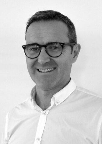 Marc Capdeville, Directeur exécutif du site de Pluvigner, Hillrom